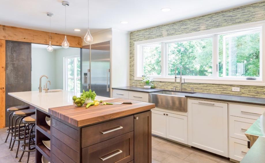 Кухонная зона в минималистическом интерьере
