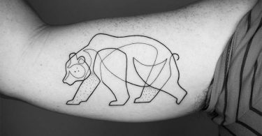 Мо Ганжи: виртуозные линейные тату с минималистичной эстетикой узоров
