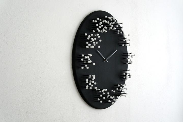 Настенные часы из бамбука от дизайнера J.P.Meulendijks