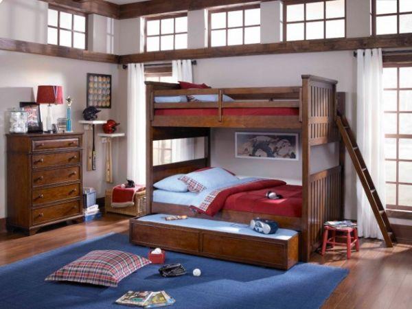 Модели двухъярусных кроватей: Дополнительное выдвижное спальное место в детской