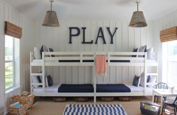 Модели двухъярусных кроватей: Детская в бело-синих тонах