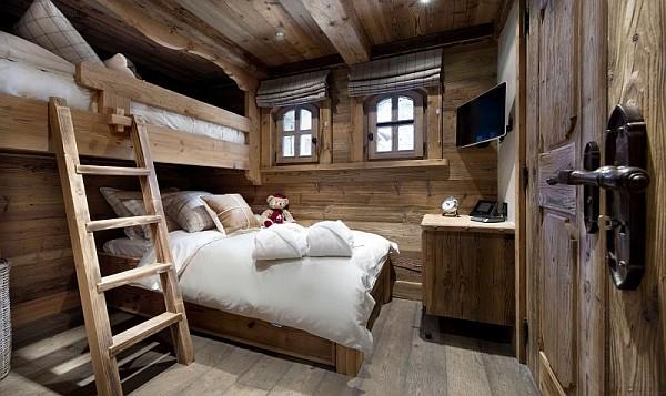 Модели двухъярусных кроватей: Роскошная спальня в номере отеля