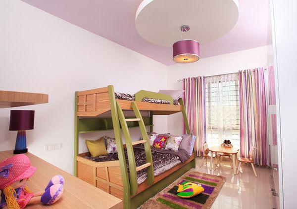 Модели двухъярусных кроватей: Двухуровневая кровать в детской для девочек
