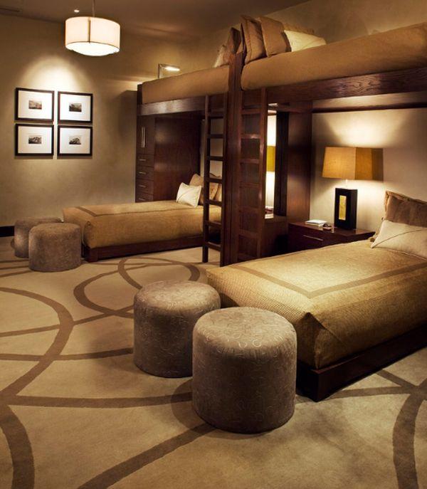 Модели двухъярусных кроватей: Стильный четырёхместный номер для отдыха
