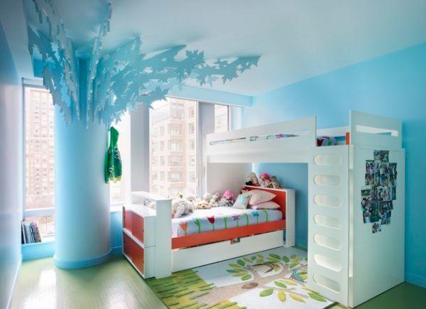 Модели двухъярусных кроватей: Яркая голубая детская комната