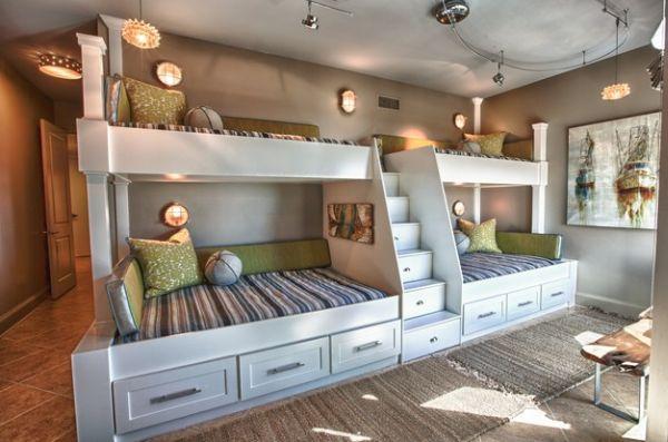Модели двухъярусных кроватей: Ступеньки-шкафчики между кроватями в детской