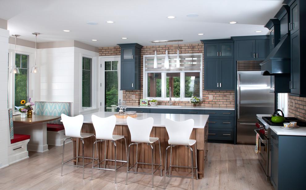 Оформление кухонной зоны в стиле эклектика