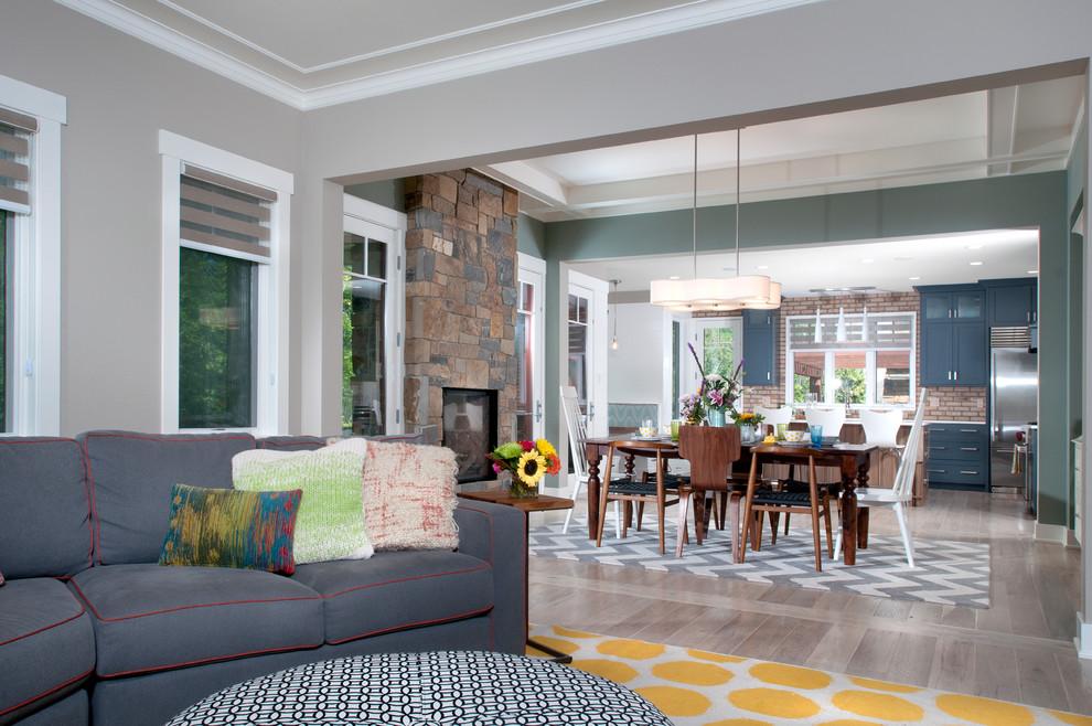 Чудесное оформление гостиной зоны в стиле эклектика