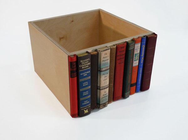Система хранения с маскировкой под библиотеку