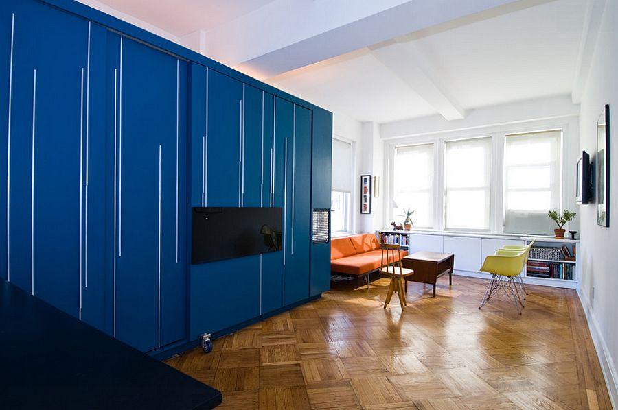 Дизайн комнаты с встроенной в стену откидной кроватью