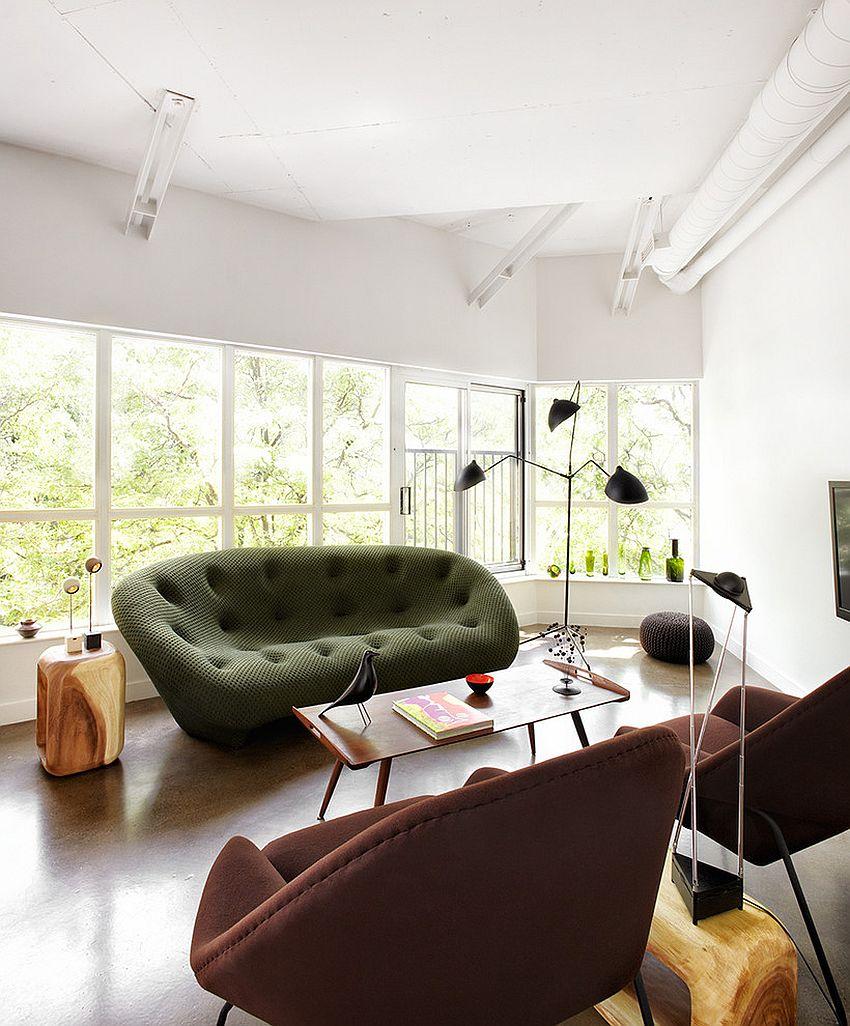Роскошный дизайн мягкого дивана в индустриальном стиле интерьера комнаты