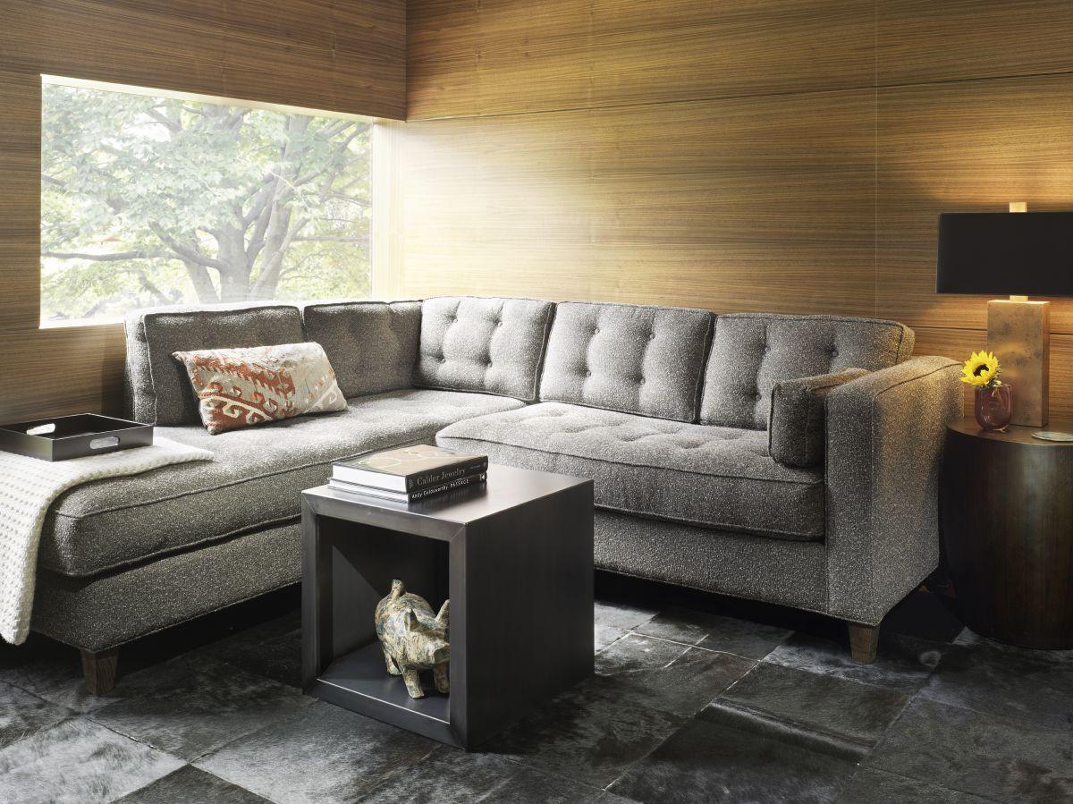 Стильный мягкий угловой диван в интерьере