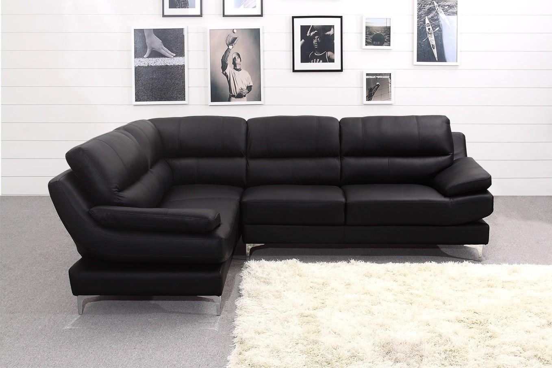 Изысканный мягкий угловой диван в интерьере