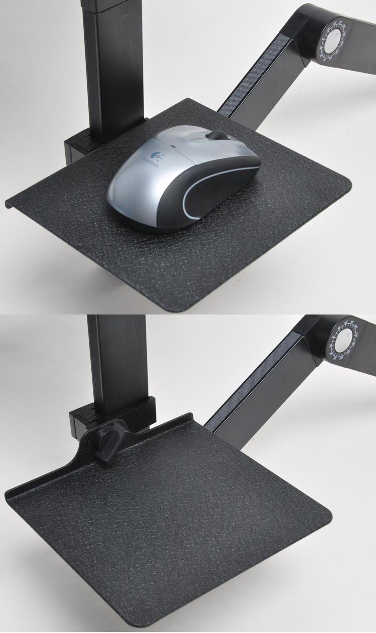 Ниша для компьютерной мыши в столике для ноутбук