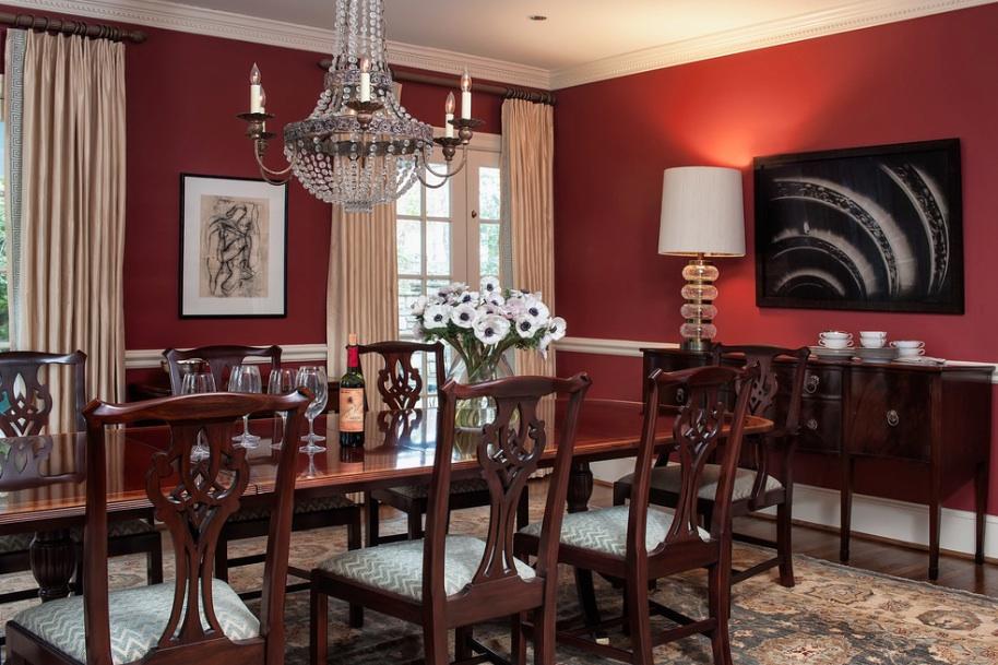 Шикарный интерьер столовой в викторианском стиле
