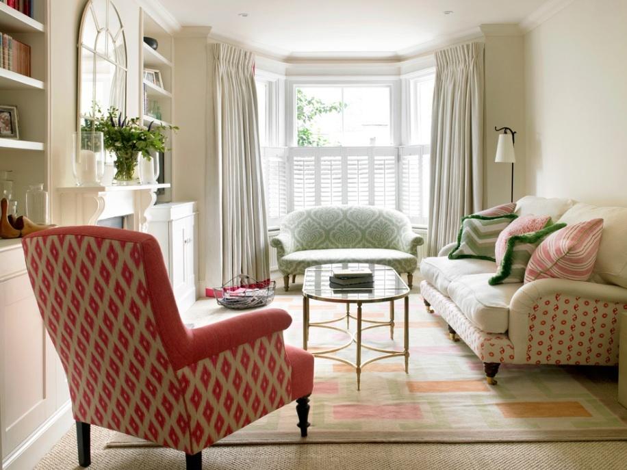Замечательый интерьер гостиной в викторианском стиле