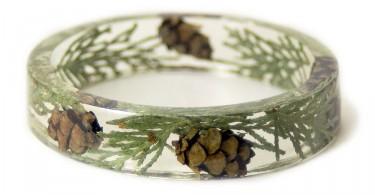 Дизайнерские браслеты ручной работы из древесной смолы и растений от Сары Смит