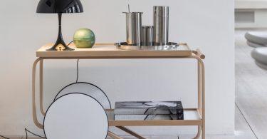 Датский бренд Louis Poulsen представляет модные настольные светильники в стиле ретро