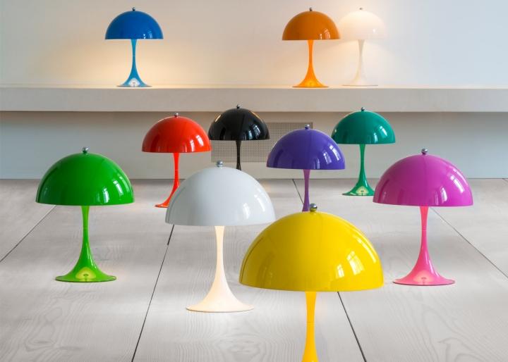 Многообразие цветов модных настольных светильников