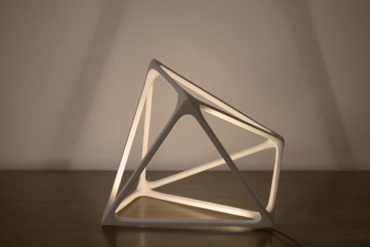 Необычная лампа Molecula от Benjamin Migliore