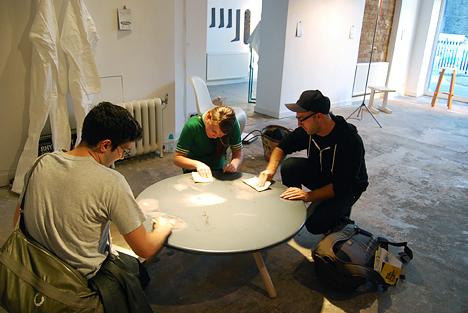 Молодёжный дизайн стола от Эда Суона: начальный этап работы