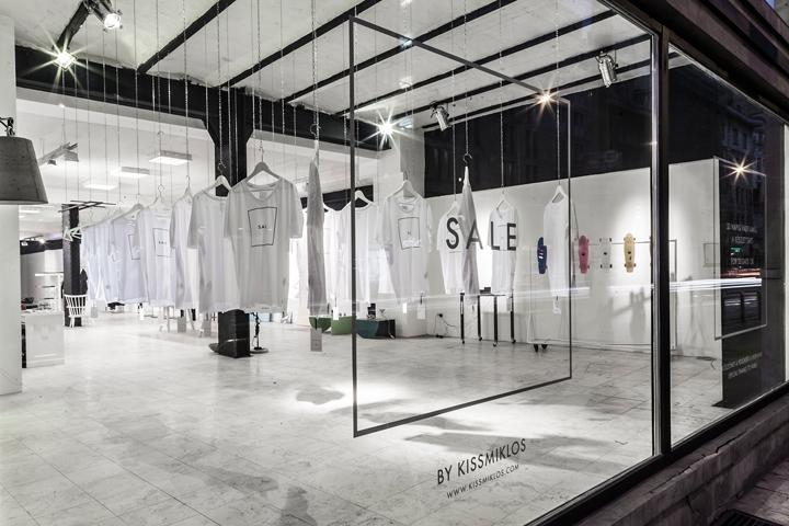 Черно-белый дизайн вещевой галереи MONO Gallery