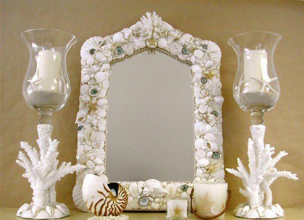 Яркое зеркало в морском стиле