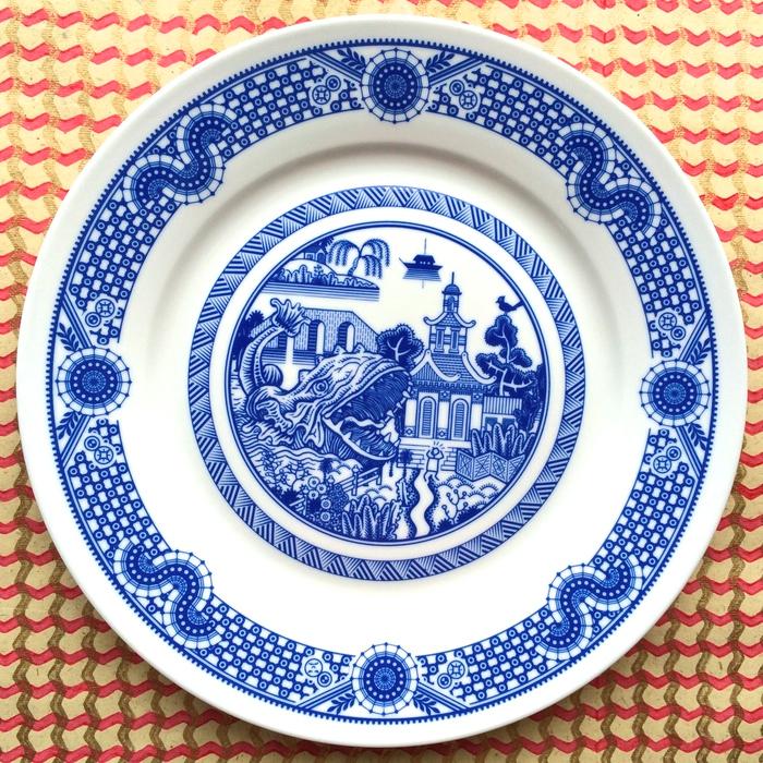 Дон Мойер: фарфоровая посуда из серии Calamityware