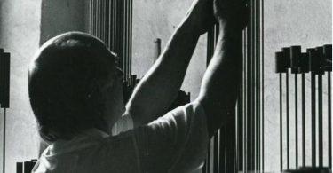 Гарри Бертойа и музыкальные скульптуры