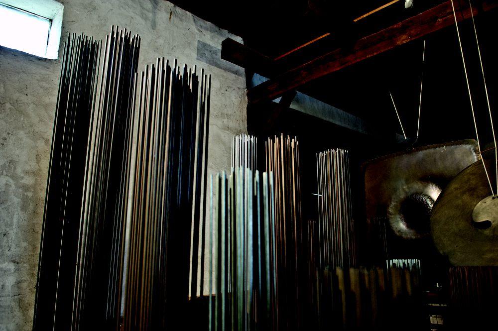 Музыкальные скульптуры на выставке «Атмосфера для удовольствия»