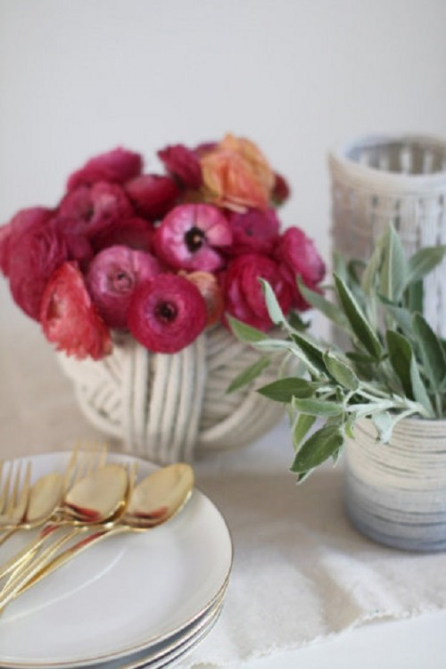 Плетёные вазы в интерьере