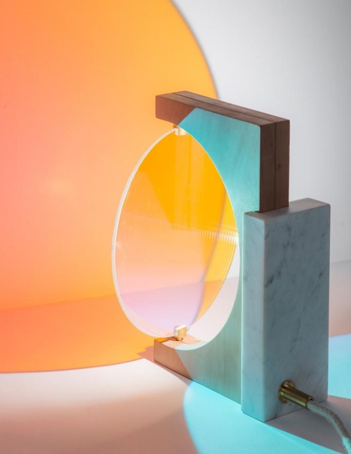 Удивительная лампа Day & Night от Элеонор Делисс
