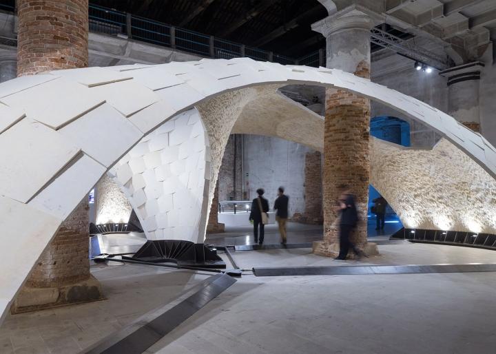 Необычная инсталляция без клея - фото 2