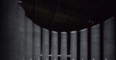 Необычная инсталляция из множества башен в Нью-Йорке