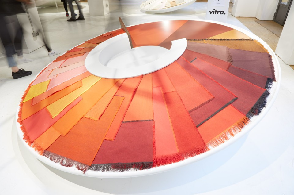 Необычное оформление выставки цветов в Милане - фото 4