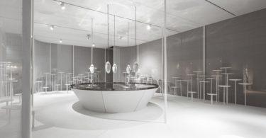 Интересное оформление выставки: фото