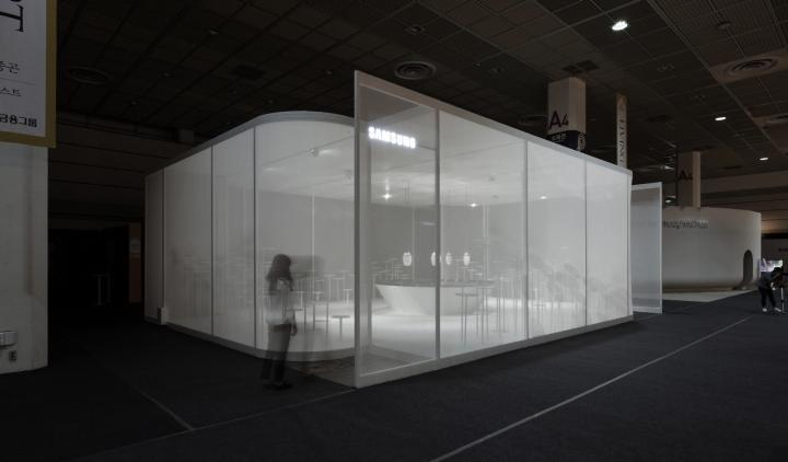 Интересное оформление выставки: фото демонстрации продукта