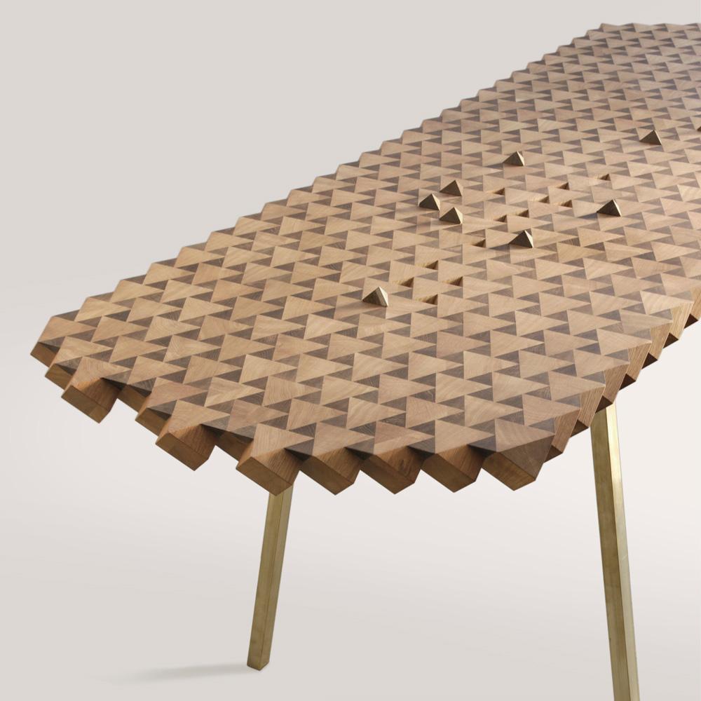 Необычный дизайнерский стол для вашего дома