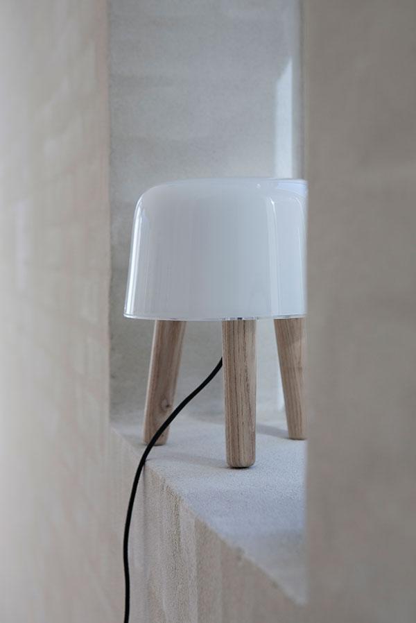 Свет в интерьере квартиры: лампа от Norm Architects