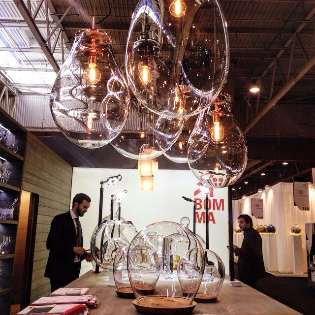 Необычные подвесные светильники из чешского стекла