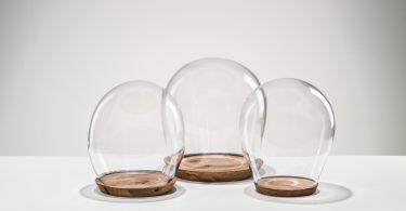 Необычные подвесные светильники из чешского стекла на выставке дизайна в Париже