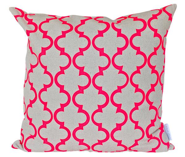 Неоновая геометрическая подушка