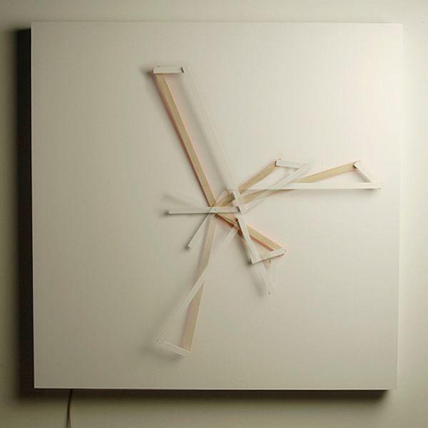 Креативные часы Oblique