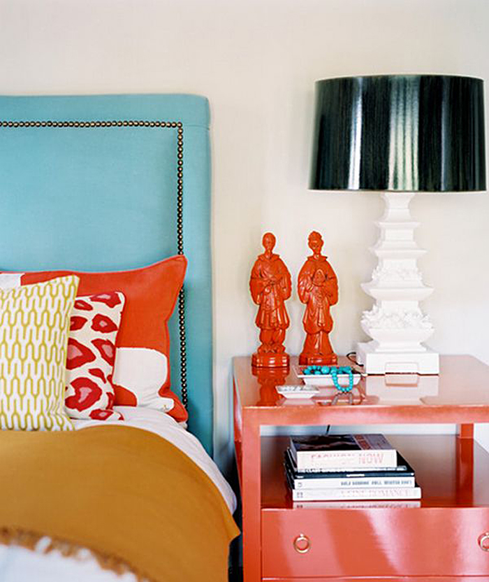 Moroccan Decor and Blue Color Bring Cool Moroccan style