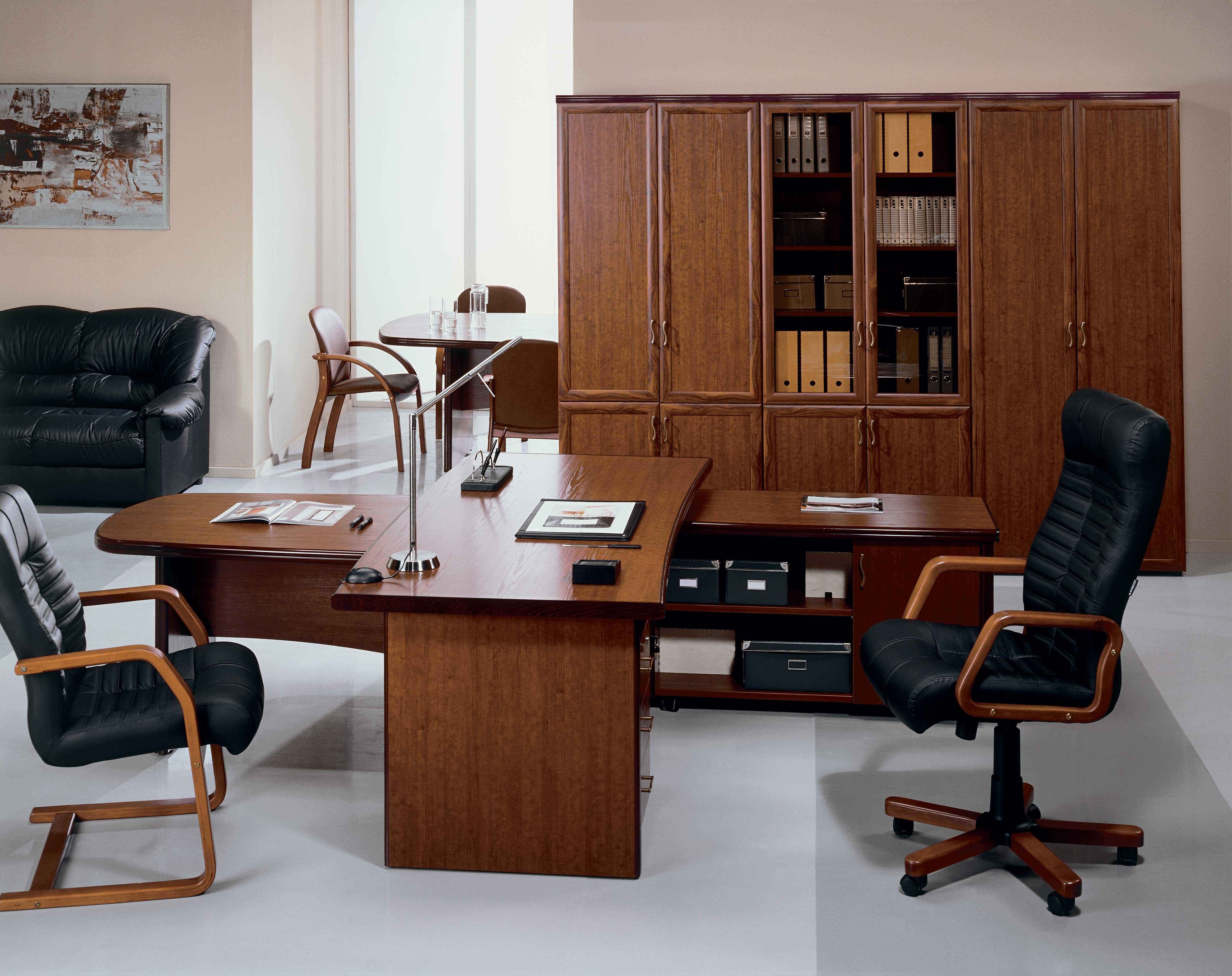 Прекрасная офисная мебель в интерьере