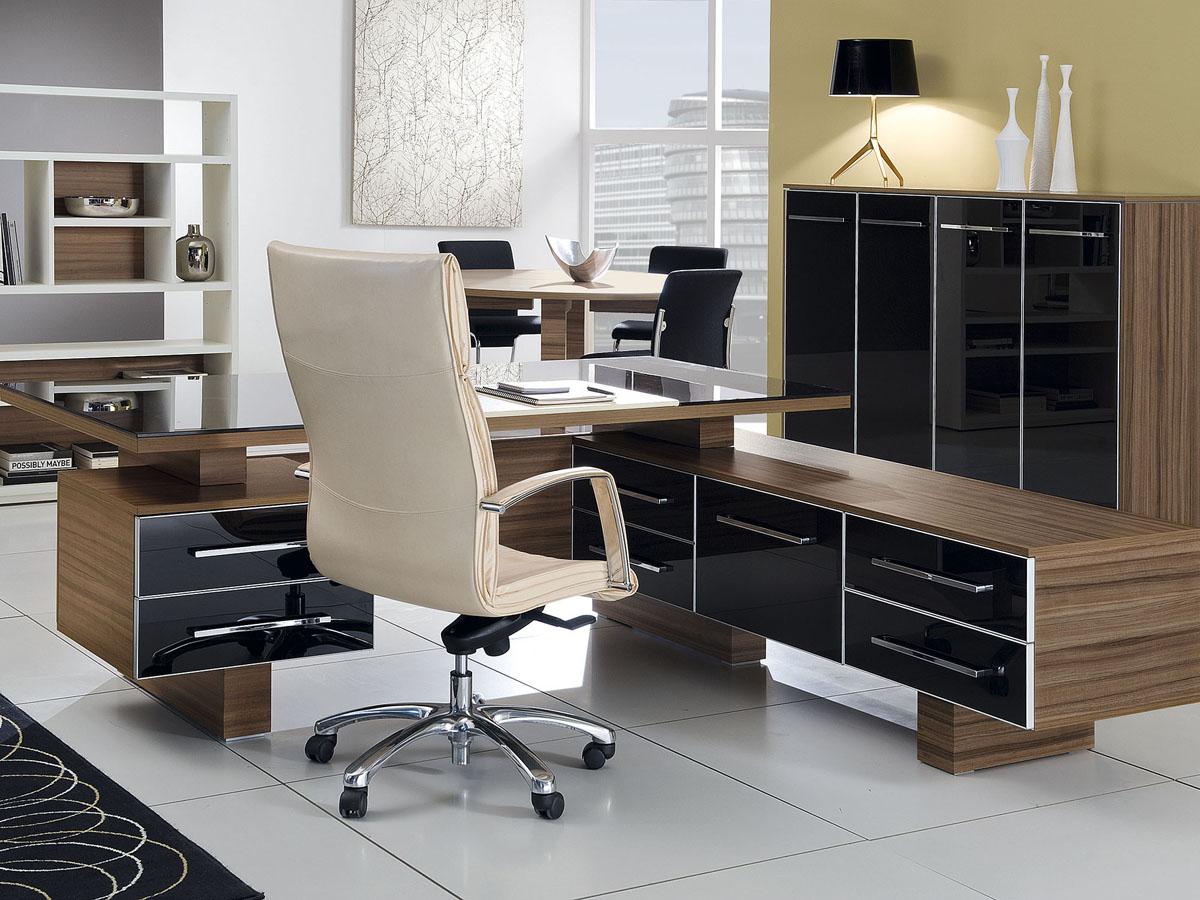 Головокружительная офисная мебель в интерьере