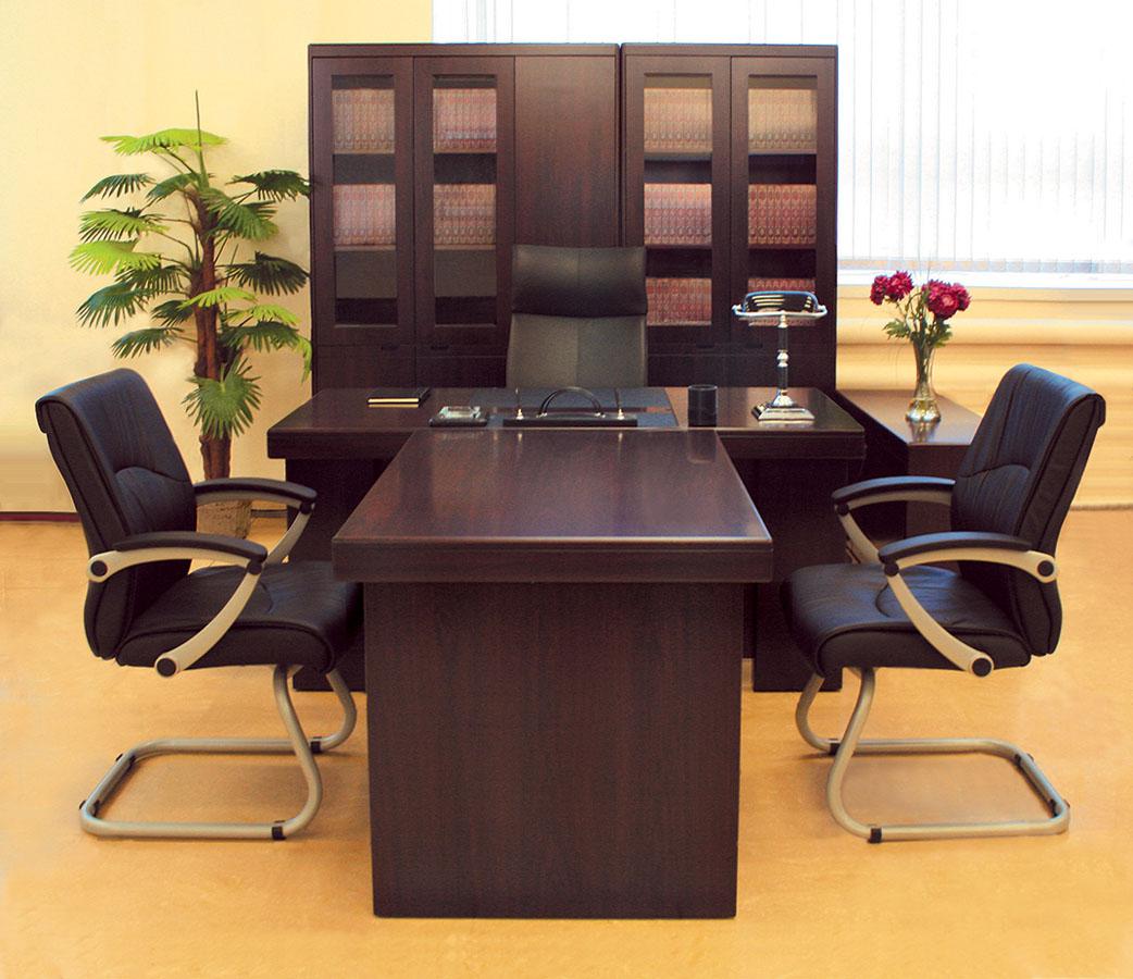Дивная офисная мебель в интерьере
