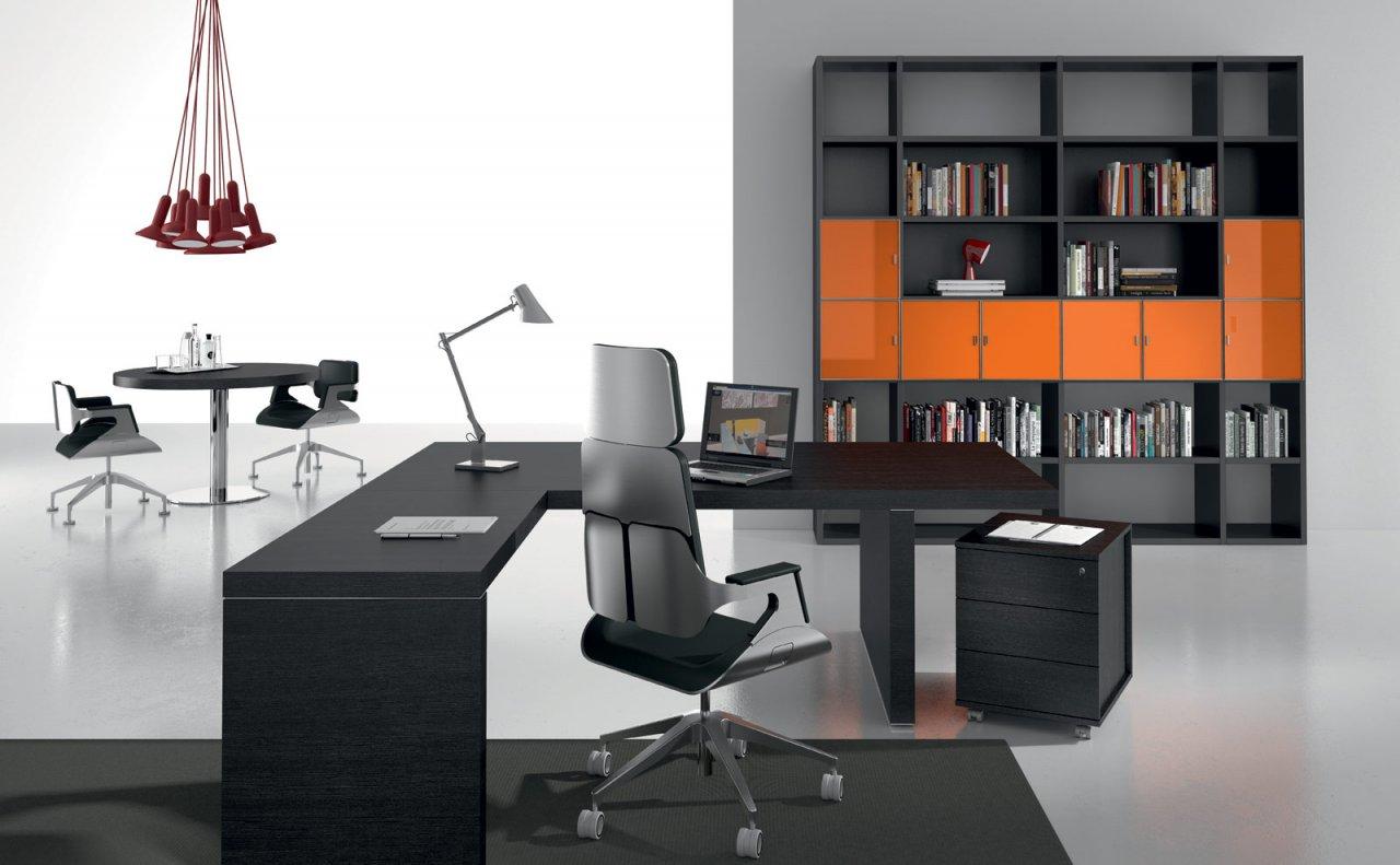 Роскошная офисная мебель в интерьере