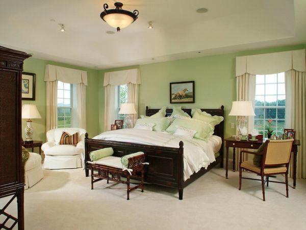 Предметы мебели в интерьере спальной комнаты