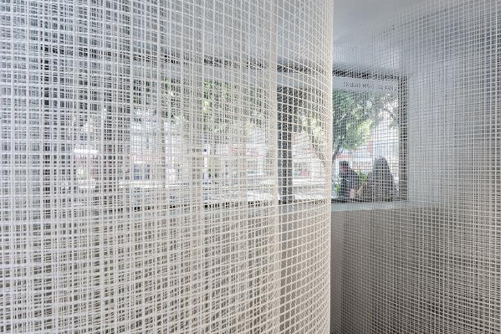 Оформление современной выставки: одна из частей